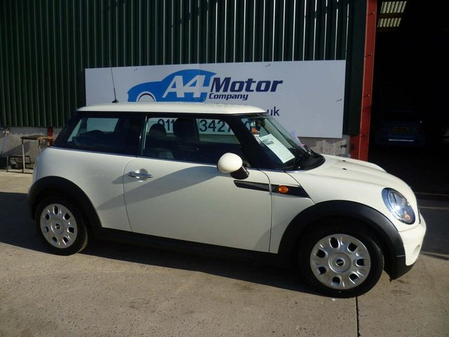 2010 10 MINI HATCH 1.6 One Minimalist 3dr