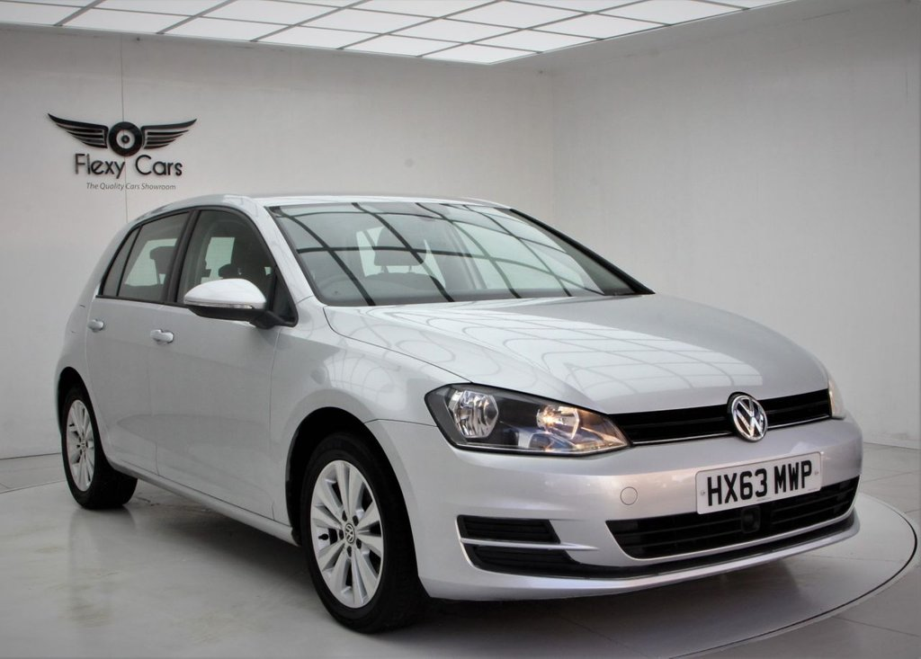 USED 2013 63 VOLKSWAGEN GOLF 1.4 SE TSI BLUEMOTION TECHNOLOGY DSG 5d 120 BHP
