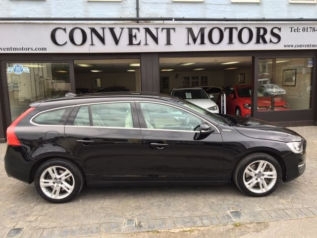 USED 2016 16 VOLVO V60 2.4 D5 TWIN ENGINE SE NAV 5d 231 BHP