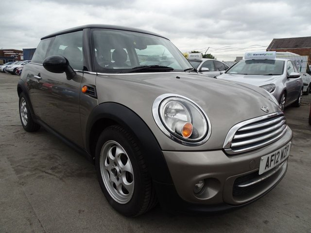 USED 2012 12 MINI HATCH COOPER 1.6 COOPER D 3d 112 BHP £0 TAX FOR YEAR 1 OWNER