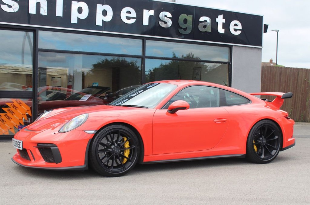 USED 2017 67 PORSCHE 911 4.0 GT3 PDK 2d 494 BHP Fantastic Specification Lava Orange, Club Sport Package, Porsche Ceramic Composite Brakes, Front Axle Lift System, Full Carbon Bucket Seats, Sports Chrono Package, Digital Radio, Satin Black Alloys Wheels, BOSE Surround Sound System, Body Coloured Painted Ignition Keys,  LED Main Headloghts Including PDLS With Black Surround, Extended Leather In Conjunction With Contrast Seams In Grey, Reversing Camera, Steering When 12 O'Clock Marker in Red, 2 Keys and Book Pack, Full Porsche Service History.