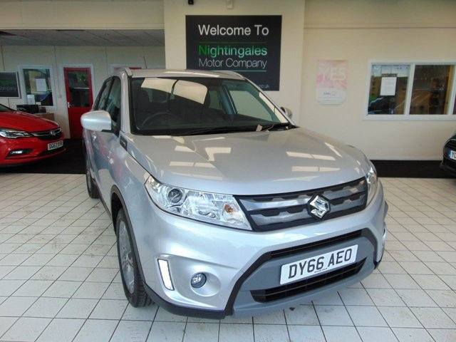 """USED 2016 66 SUZUKI VITARA 1.6 SZ-T 5d 118 BHP THIS SUZUKI 1.6 SZ-T 5 DOOR COMES WITH VERY LOW MILES (15500) FULL SERVICE HISTORY ( JUST SERVICED) MOT SEPT 2021 + SATELLITE NAVIGATION + BLUETOOTH + CRUISE CONTROL + REVERSING SENSORS + REAR PARK CAMERA + DAB RADIO + INFORMATION SCREEN + SECURITY ALARM + REMOTE CENTRAL LOCKING + ELECTRIC WINDOWS + FRONT FOG LIGHTS + TRACTION CONTROL + 17"""" ALLOY WHEELS + ROOF RAILS + PRIVACY GLASS + CUP HOLDERS + DRIVERS SEAT HEIGHT ADJUSTMENT + 60/40 REAR SEAT SPLIT + AIR CONDITIONING + ISOFIX POINTS ON REAR S"""
