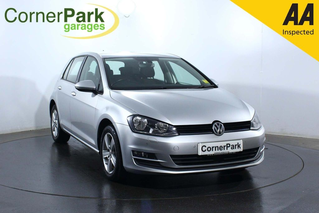 USED 2017 66 VOLKSWAGEN GOLF 1.6 MATCH EDITION TDI BMT 5d 109 BHP CRUISE CONTROL - HEATED SEATS