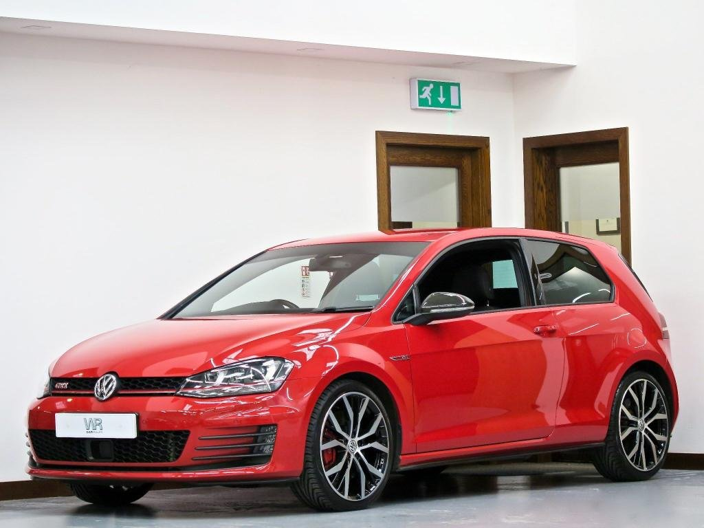 USED 2014 64 VOLKSWAGEN GOLF 2.0 TSI BlueMotion Tech GTI (Performance pack) (s/s) 3dr ADAPTIVE CRUISE + AUTO HOLD