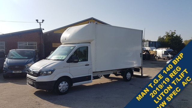 USED 2019 19 MAN TGE VW CRAFTER  40 BHP LUTON TAILIFT + AIR CON 2019/19 ###### BIG STOCK OVER VANS OVER 100 ON SITE #######