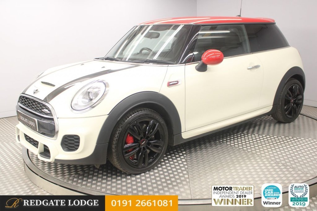 USED 2017 17 MINI HATCH JOHN COOPER WORKS 2.0 JOHN COOPER WORKS 3d 228 BHP CHILI / MEDIA PACK, DAB, BLUETOOTH, LOW MILES...