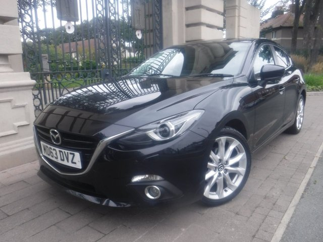 USED 2014 63 MAZDA 3 2.0 SPORT NAV 5d 118 BHP £30 TAX*NAV*CRUISE*FRONT & REAR PARKING SENSORS*I-STOP