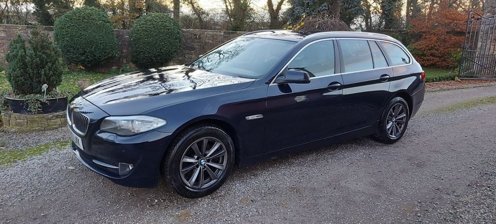 USED 2013 13 BMW 5 SERIES 2.0 520D SE TOURING 5d 181 BHP