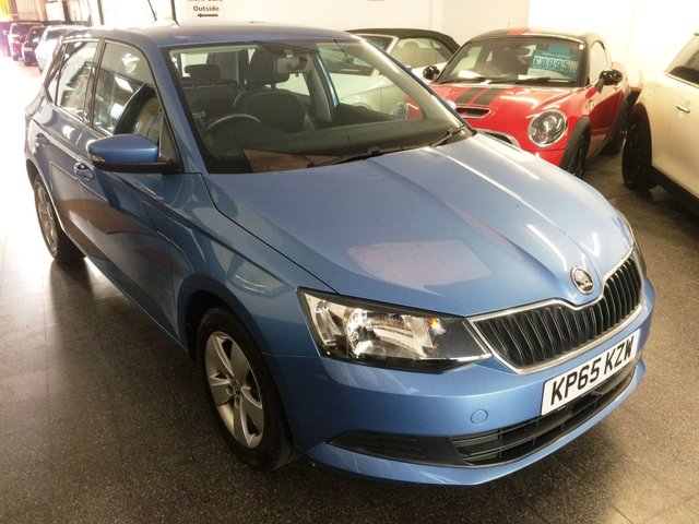 USED 2015 65 SKODA FABIA 1.2 SE TSI DSG 5d 109 BHP This £20 Tax Fabia fully automatic is finished in Metallic Denim Blue with black cloth seats & Alloy wheels. It is fitted with power steering, remote locking, electric windows and mirrors, Air Conditioning, adaptive cruise control, rear parking sensors, Daylights, Bluetooth,  Alloy wheels, DAB CD Stereo with Aux & USB ports and more. It has had two private owner from news and comes with a Skoda service history. The current Mot runs till March 2021. We will service, MOT if necessary.