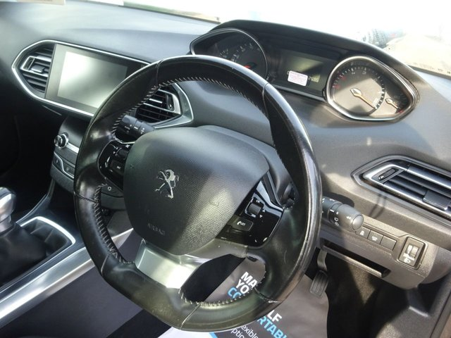 USED 2016 65 PEUGEOT 308 1.6 BLUE HDI S/S ACTIVE 5d 100 BHP **SAT NAV **JUST ARRIVED.. FUEL SERVICE HISTORY **