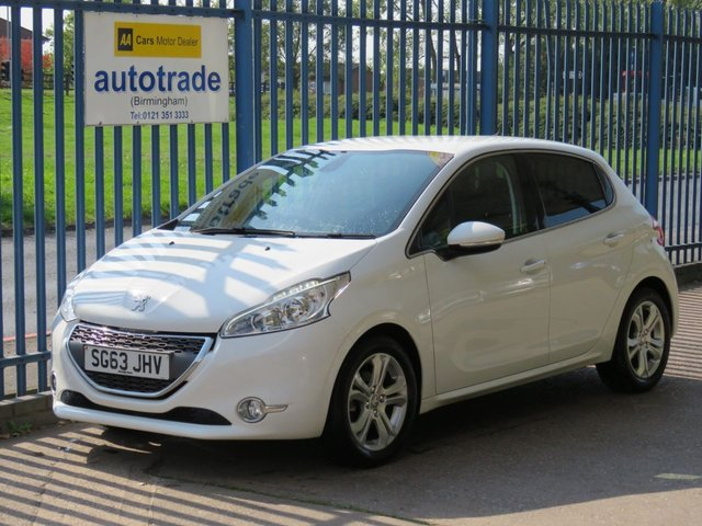 USED 2013 63 PEUGEOT 208 1.2 ALLURE 5d 82 BHP ULEZ COMPLIANT, A/C, ALLOYS, PRIVACY, GLEAMING WHITE HISTORY, DAB RADIO, BLUETOOTH, ALLOY WHEELS, PRIVACY GLASS, ULEZ COMPLIANT