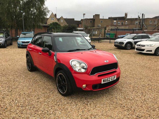 USED 2012 62 MINI COUNTRYMAN 2.0 Cooper SD 5dr Sat Nav, Pan Roof, Chilli Pack