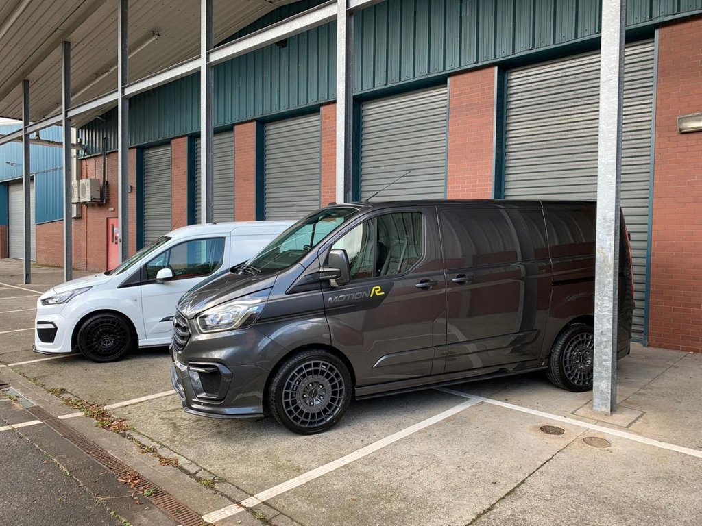 USED 2021 70 FORD TRANSIT CUSTOM 320 L2 H1 2.0 170 BHP Panel Van