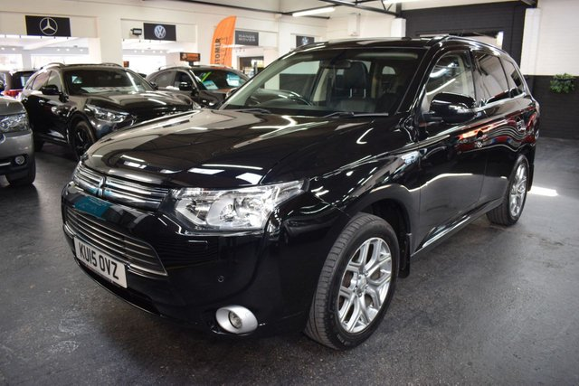 USED 2015 15 MITSUBISHI OUTLANDER 2.0 PHEV GX 4H 5d 162 BHP HYBRID LOVELY CONDITION - ONE PREVIOUS KEEPER - 5 STAMPS TO 55K - ULEZ COMPLIANT - £0 TAX - 150 MPG - LEATHER - NAV - HEATED SEATS