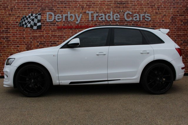 AUDI Q5 at Derby Trade Cars