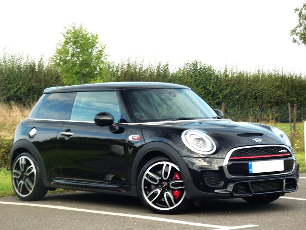 USED 2018 18 MINI HATCH JOHN COOPER WORKS 2.0 JOHN COOPER WORKS 3d 228 BHP