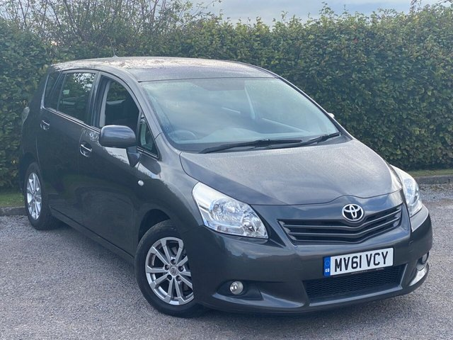 USED 2011 61 TOYOTA VERSO 1.8 TR AUTOMATIC  5d 145 BHP FABULOUS VALUE 7 SEAT AUTOMATIC