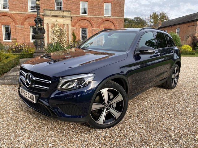 2018 68 MERCEDES-BENZ GLC-CLASS 2.1 GLC 220 D 4MATIC URBAN EDITION 5d 168 BHP