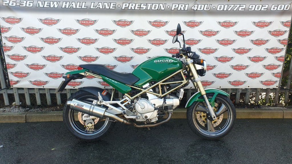 USED 1999 T DUCATI MONSTER M750 Roadster Retro Lovely all round in Tri-Colore