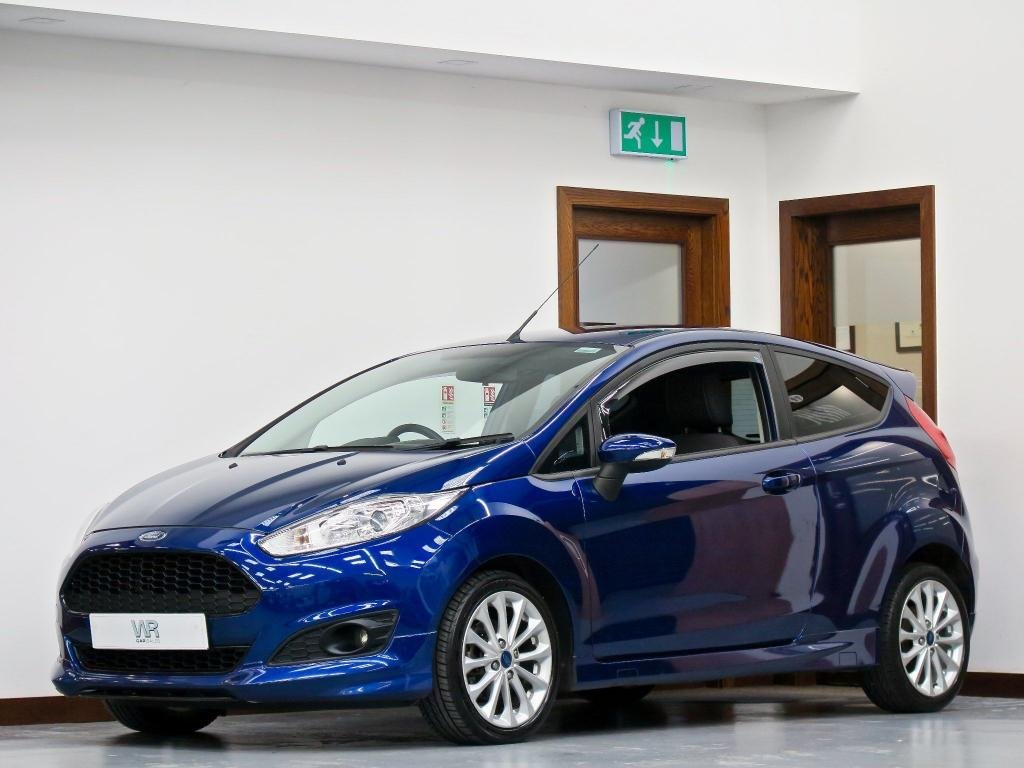 USED 2014 64 FORD FIESTA 1.0 EcoBoost Zetec S (s/s) 3dr F/SH + BLUETOOTH + 16' ALLOYS