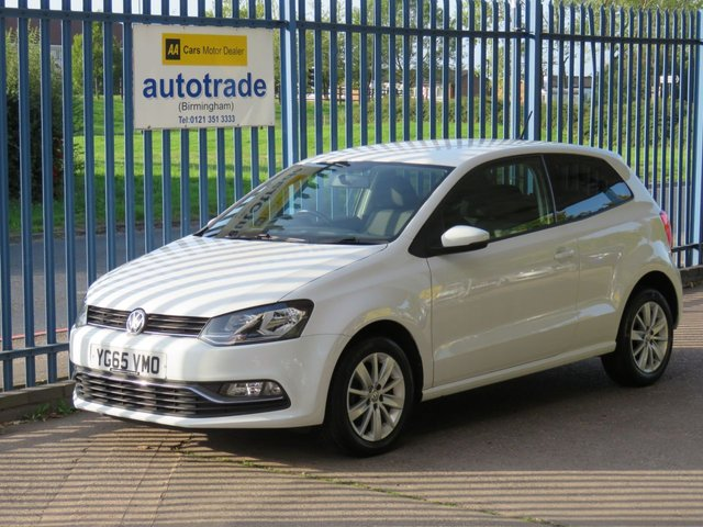 USED 2015 65 VOLKSWAGEN POLO 1.2 SE TSI 3d 89 BHP £20 tax,  AIR CONDITIONING, ALLOYS,  BLUETOOTH, USB AIR CONDITIOING. BLUETOOTH, TINTED REAR WINDOWS, ALLOY WHEELS, REMOTE LOCKING, FOG LIGHTS,ELECTRIC WINDOWS, DAB RADIO, USB, SERVICE HISTORY