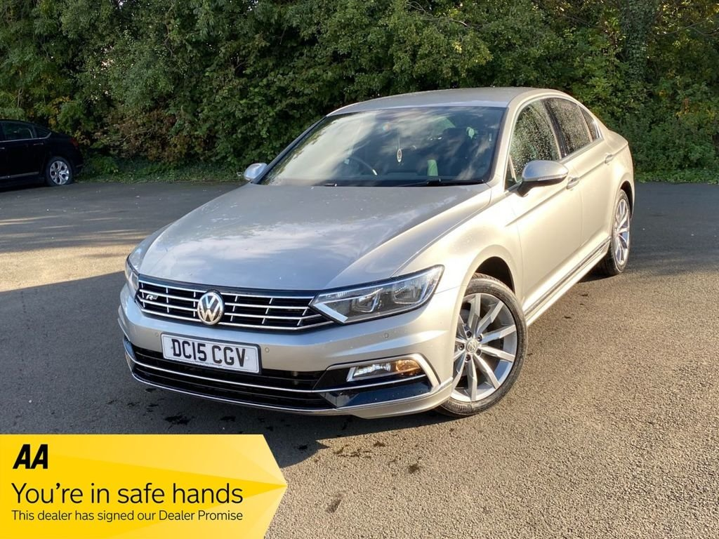 USED 2015 15 VOLKSWAGEN PASSAT 2.0 R LINE TDI BLUEMOTION TECHNOLOGY 4d 188 BHP