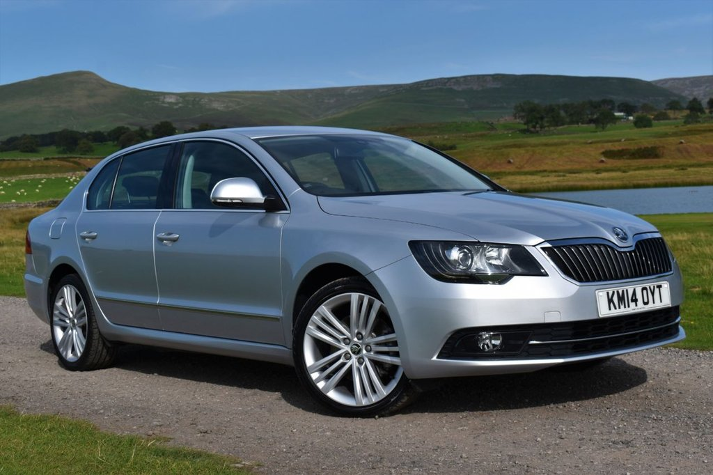 USED 2014 14 SKODA SUPERB 2.0 ELEGANCE TDI CR 5d 139 BHP