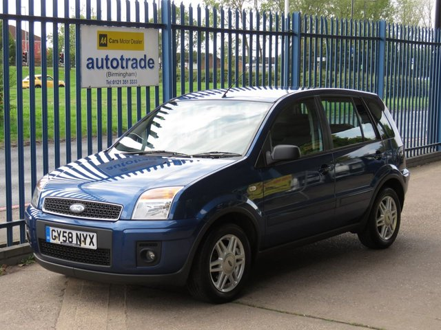 USED 2009 58 FORD FUSION 1.4 ZETEC CLIMATE 5d 78 BHP Great Service History, 2 Owners, 2 Keys