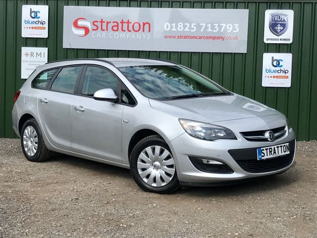 2013 63 VAUXHALL ASTRA 1.6 EXCLUSIV 5d 115 BHP ESTATE ONLY 19,001 MILES
