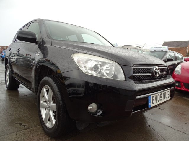 USED 2009 09 TOYOTA RAV4 2.2 XT-R D-4D  5d 135 BHP DRIVES WELL