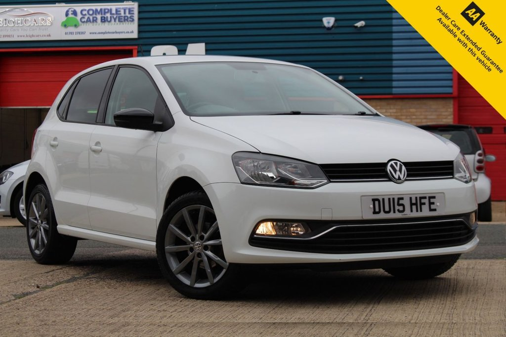 """USED 2015 15 VOLKSWAGEN POLO 1.0 SE DESIGN 5d 60 BHP ** STUNNING LOW MILEAGE POLO ** LOW INSURANCE ** £20 ROAD TAX PER YEAR ** FULL VOLKSWAGEN SERVICE HISTORY ** BRAND NEW MOT ** DAB RADIO ** BLUETOOTH ** USB + AUX ** 16"""" ALLOY WHEELS ** MIRROR LINK ** LOW RATE £0 DEPOSIT FINANCE AVAILABLE ** CLICK & COLLECT AVAILABLE ** NATIONWIDE DELIVERY AVAILABLE **"""