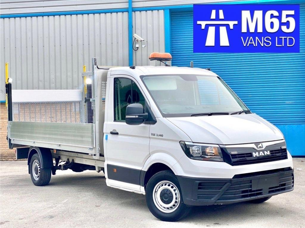 USED 2020 VOLKSWAGEN CRAFTER TRAFFIC MANAGEMENT LWB TAIL LIFT REAR WHEEL DRIVE LWB 140PS