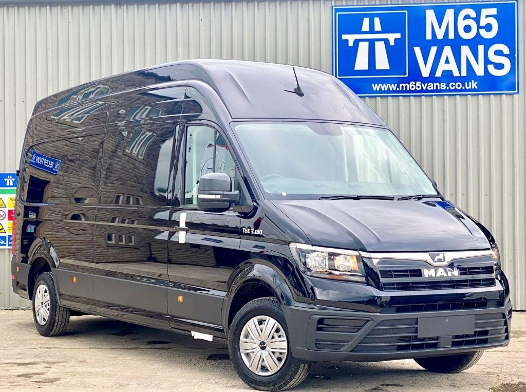 USED 2020 VOLKSWAGEN CRAFTER SUPER HIGH LWB AUTOMATIC 180 PS CAMPER ? SWIVEL SEAT AIRCON SATNAV AUTO