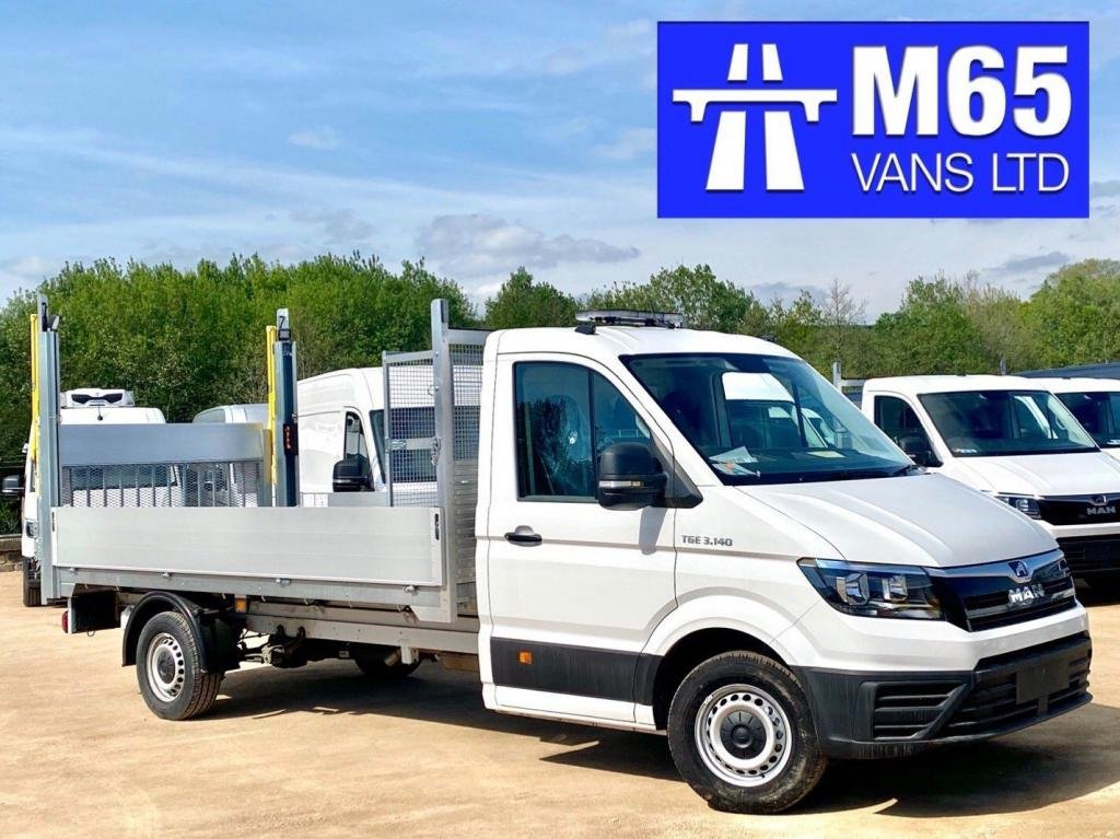 USED 2020 MAN TGE TRAFFIC MANAGEMENT HIGHWAYS VAN TAILIFT - BRAND NEW VAN
