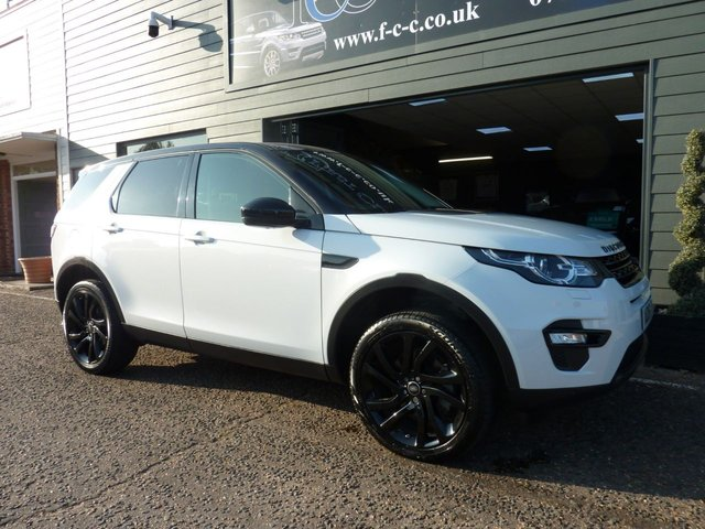 2016 16 LAND ROVER DISCOVERY SPORT 2.0 TD4 HSE BLACK 5d 180 BHP