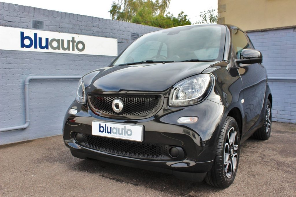 USED 2017 17 SMART FORTWO 1.0 PRIME PREMIUM 2d 71 BHP Service History, Panoramic Roof, Voice Control, Rear Sensors, Bluetooth Connectivity, Leather Heated Seats