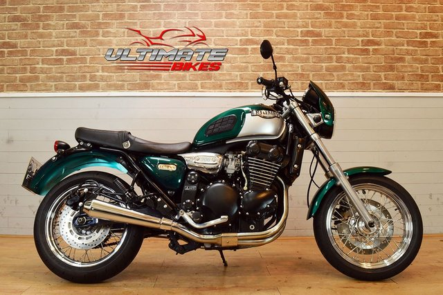USED 2000 W TRIUMPH LEGEND TT 900 - FREE NATIONWIDE DELIVERY
