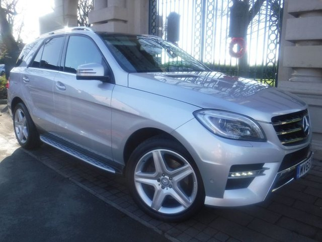 USED 2015 65 MERCEDES-BENZ M-CLASS 2.1 ML250 BLUETEC AMG LINE PREMIUM 5d 201 BHP *ELECTRIC PANORAMIC ROOF*REVERSING CAMERA*PART LEATHER*ELECTRIC MEMORY HEATED SEATS*