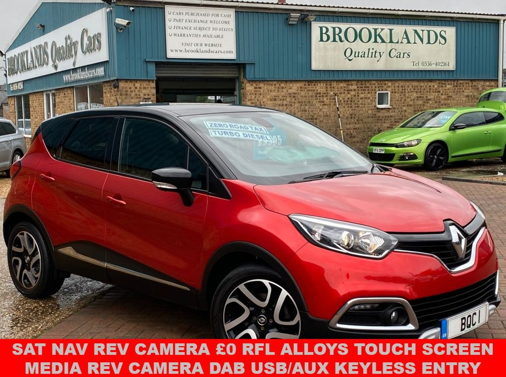 USED 2017 17 RENAULT CAPTUR 1.5 SIGNATURE NAV DCI 5 Door Flame Red Met. 44966 miles FSH 90 BHP FANTASTIC CAPTUR WITH SAT NAV REV CAMERA £0 RFL ALLOYS TOUCH SCREEN MEDIA USB/AUX KEYLESS ENTRY
