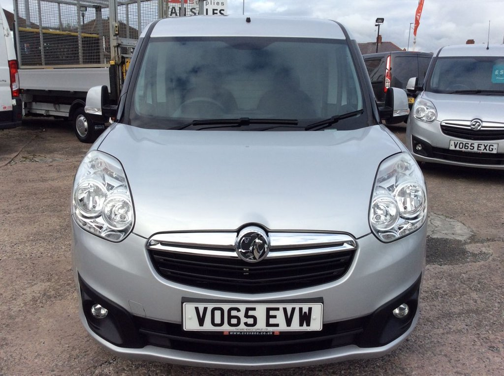USED 2015 65 VAUXHALL COMBO 1.3 2000 L1H1 CDTI S/S SPORTIVE 90 BHP TWIN SLD 1 OWNER FSH NEW MOT  FREE 6 MONTH WARRANTY INCLUDING RECOVERY AND ASSIST