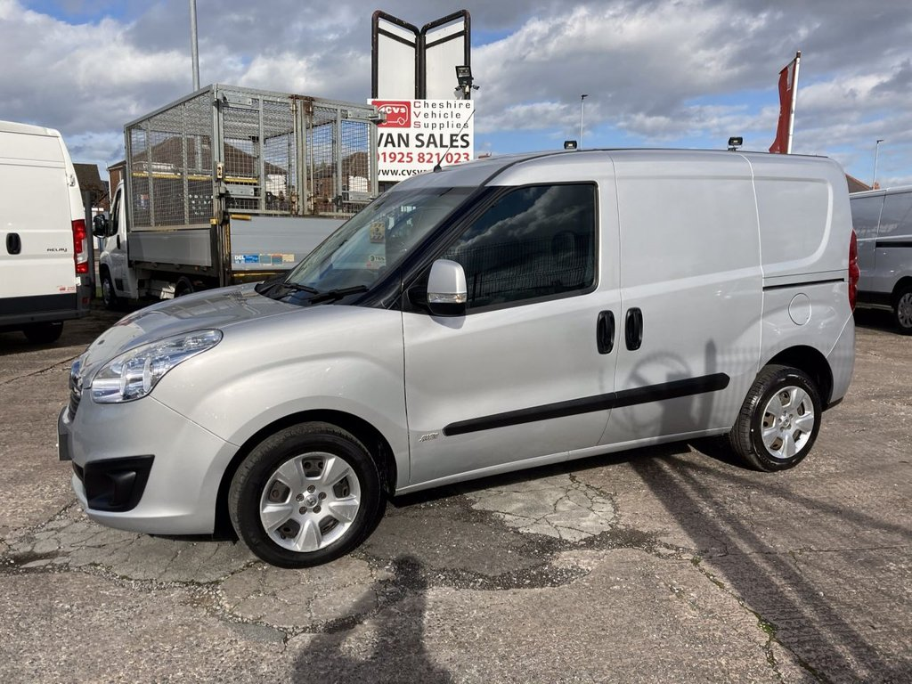 USED 2015 65 VAUXHALL COMBO 1.2 2000 L1H1 CDTI S/S SPORTIVE 90 BHP TWIN SLD 1 OWNER FSH NEW MOT  FREE 6 MONTH AA WARRANTY INCLUDING RECOVERY AND ASSIST