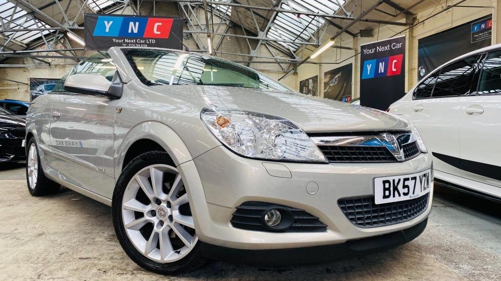 USED 2007 57 VAUXHALL ASTRA 1.8 i Design Twin Top 2dr KEYLESSENTRY+AUX+HALFTHR