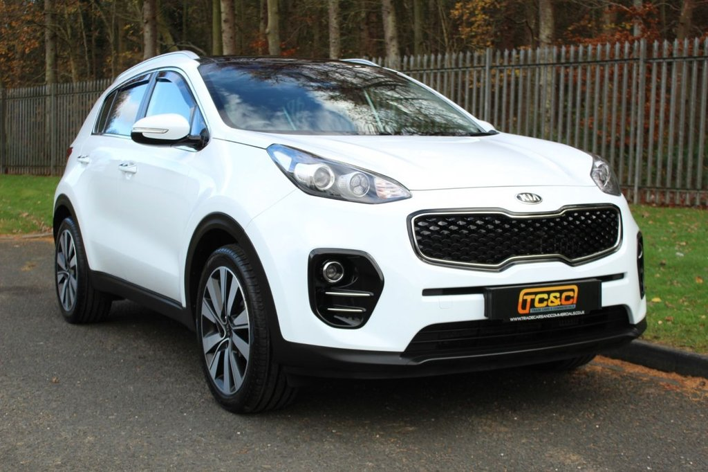 USED 2017 P KIA SPORTAGE 1.7 CRDI 3 ISG 5d 114 BHP A STUNNING HIGH SPECIFICATION EXAMPLE WITH BLACK LEATHER, PAN ROOF, REVERSE CAMERA AND LOADS MORE!!!