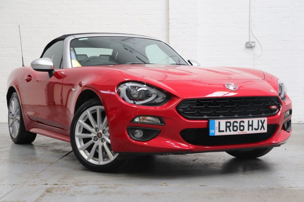 USED 2016 66 FIAT 124 1.4 SPIDER MULTIAIR ANNIVERSARY EDITION 2d 139 BHP 1 Owner + Leather Heated Seats + Satnav + Cruise+ Dab