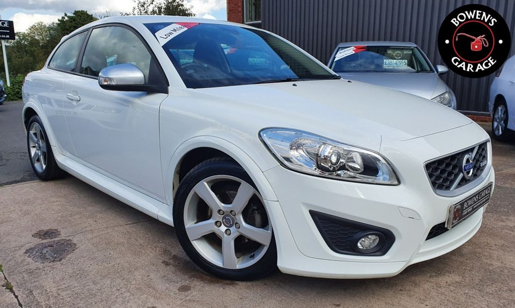 USED 2011 61 VOLVO C30 2.0 R-DESIGN 3D 145 BHP 2 Owners - Low Miles - 8 Volvo Services