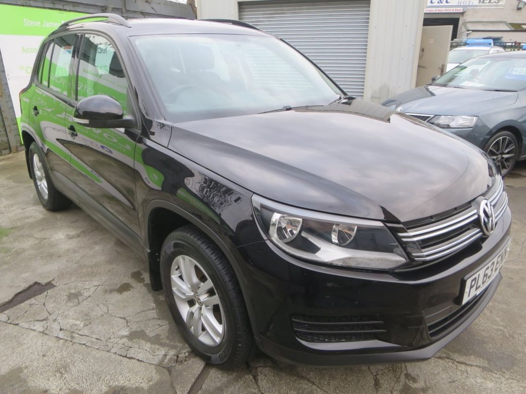 USED 2014 63 VOLKSWAGEN TIGUAN 2.0 S TDI BLUEMOTION TECHNOLOGY 4MOTION 5d 138 BHP * 1 F/OWNER + 9 STAMP FSH *
