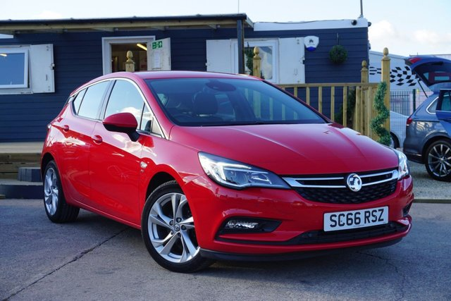 USED 2017 66 VAUXHALL ASTRA 1.4 SRI NAV 5d 99 BHP *GREAT EXAMPLE, ONLY 5K MILES*