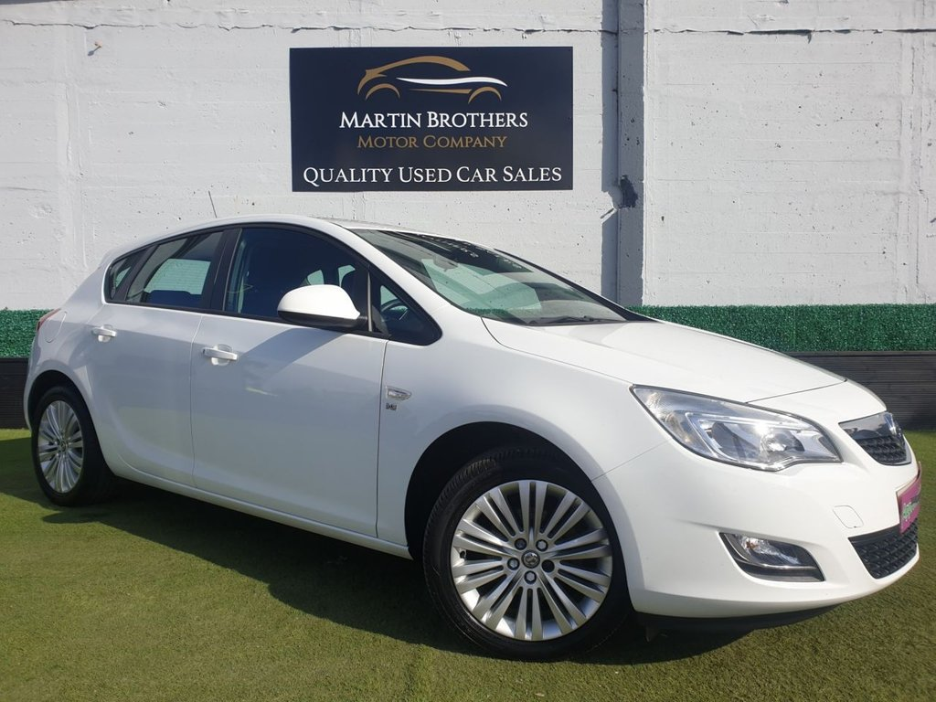 USED 2012 61 VAUXHALL ASTRA 1.4 EXCITE 5d 98 BHP