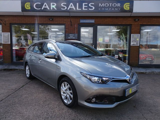 USED 2018 18 TOYOTA AURIS 1.8 VVT-I ICON TECH TOURING SPORTS 5d 135 BHP ONE OWNER FROM NEW, JUST SERVICED, SAT NAV, REVERSE PARKING CAMERA, VERY ECONOMICAL TO RUN, FIRST TO SEE WILL BUY...