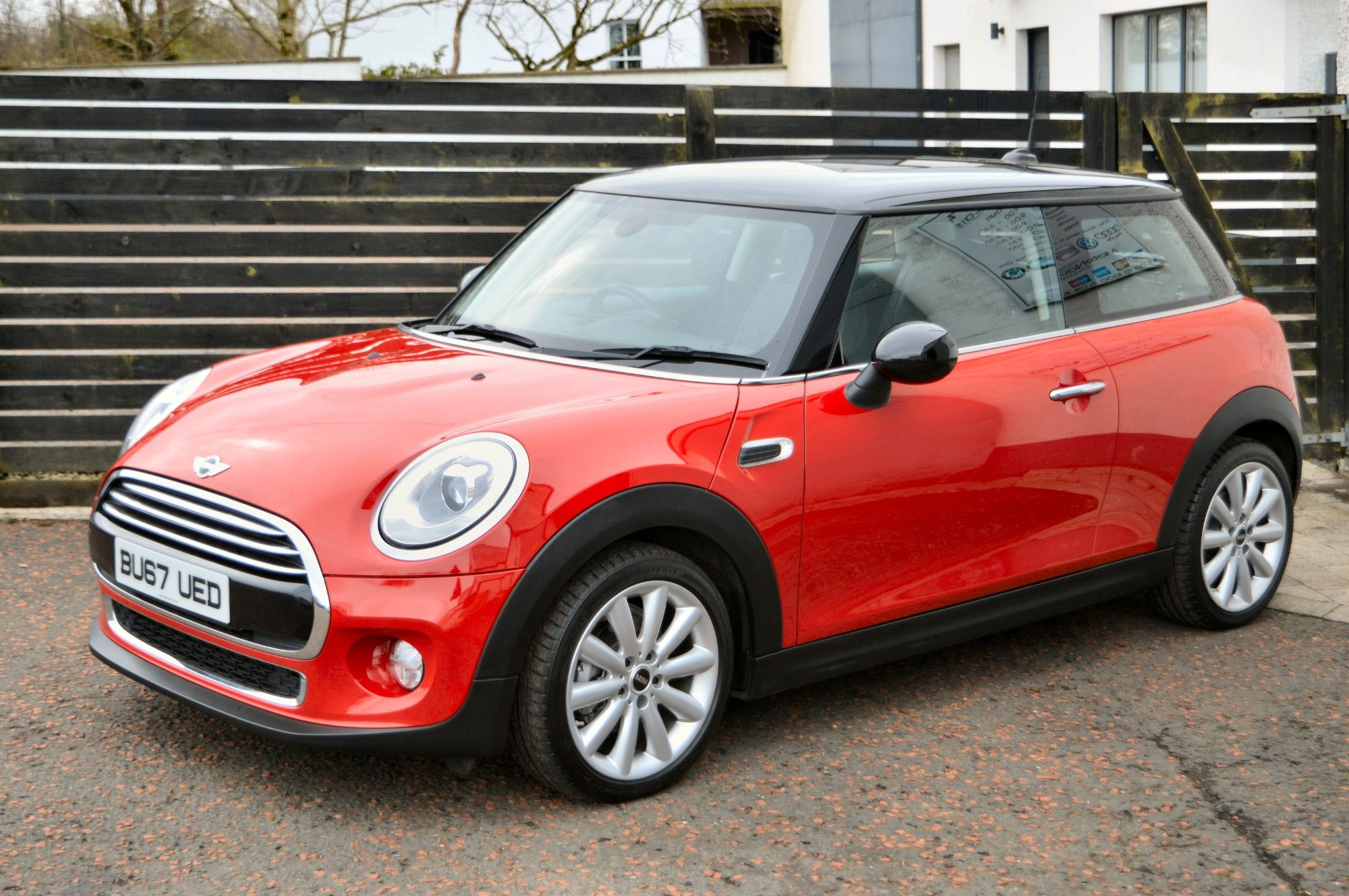 USED 2017 67 MINI HATCH COOPER 1.5 COOPER D 3d 114 BHP 6 MONTHS RAC WARRANTY FREE + 12 MONTHS ROAD SIDE RECOVERY!